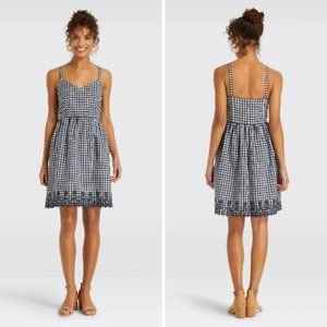 Draper James Gingham Embroidered Dress Size 4